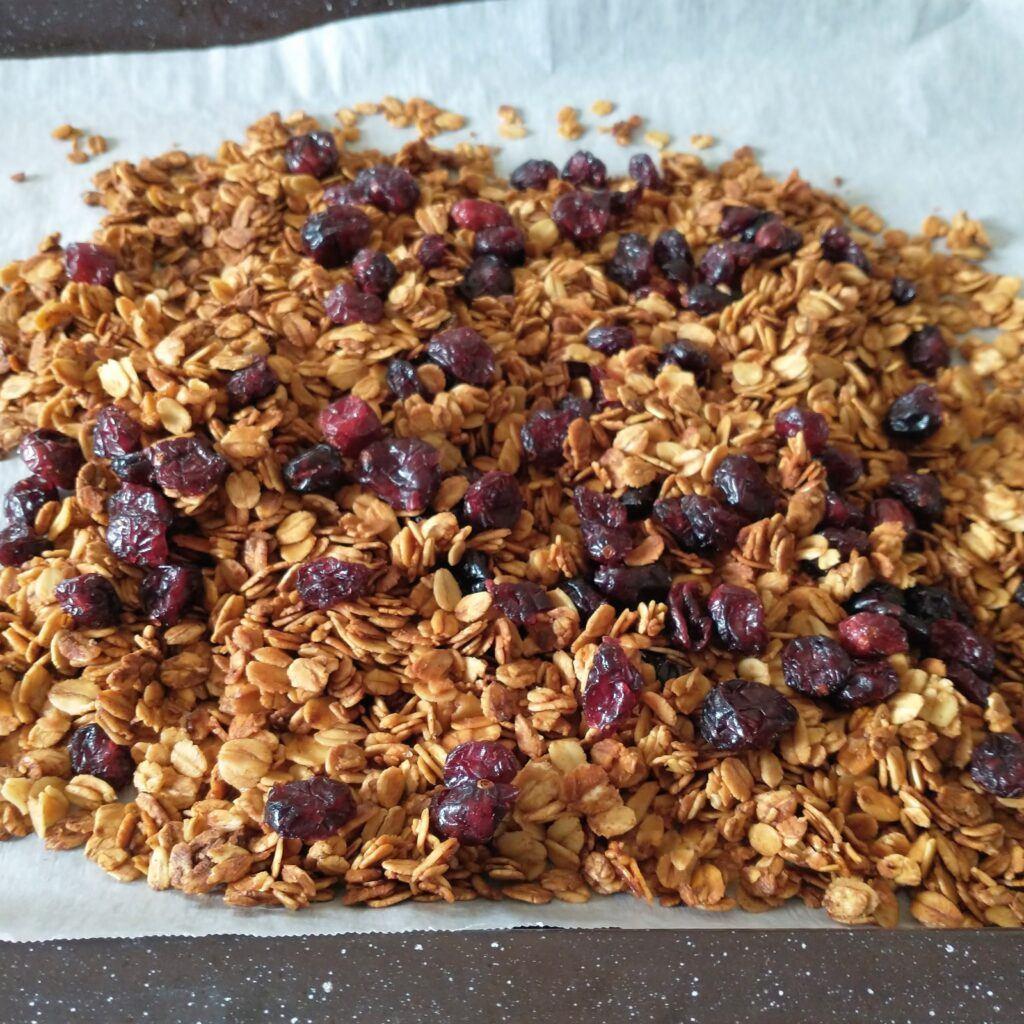 Easy & Healthy Homemade Granola Recipe